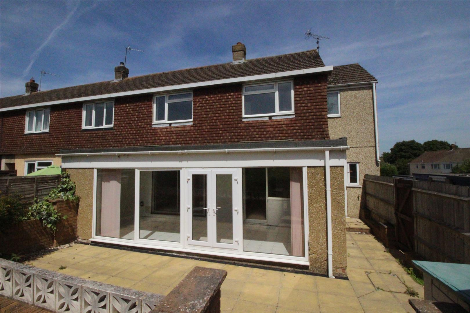 3 Bedrooms Property for sale in Melbourne Close, Lawn, Swindon